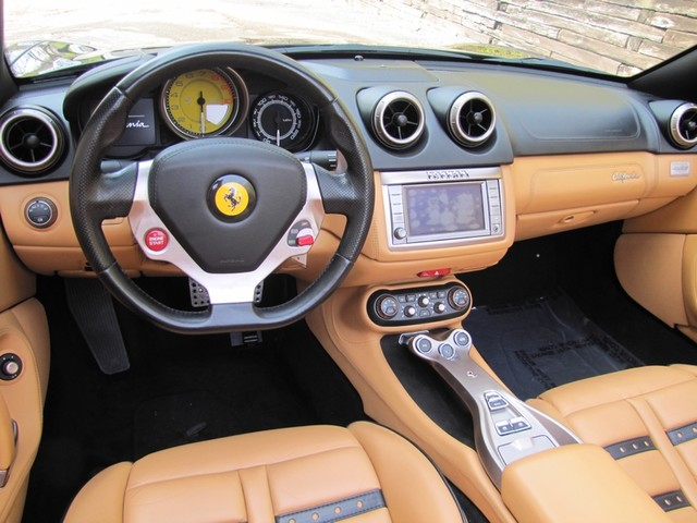 2010 Ferrari California St. Louis, Missouri 25
