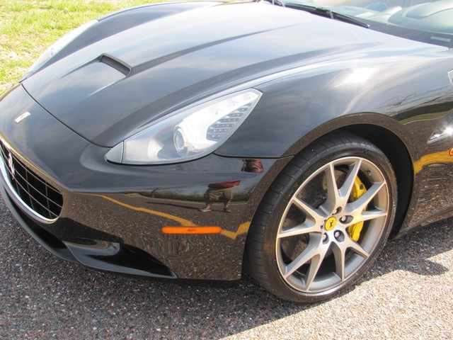 2010 Ferrari California St. Louis, Missouri 5
