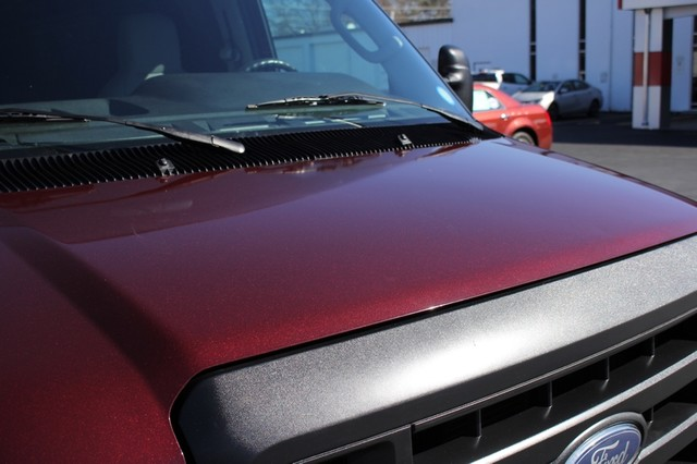 2010 Ford Econoline Cargo Van Commercial E-150 - SERVICE RECORD - 1 OWNER! Mooresville , NC 31