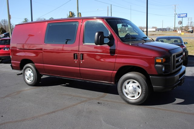 2010 Ford Econoline Cargo Van Commercial E-150 - SERVICE RECORD - 1 OWNER! Mooresville , NC 17