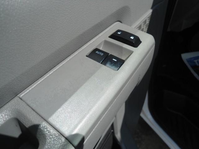 2010 Ford Econoline Cargo Van Commercial Bulkhead & Bins Plano, Texas 19