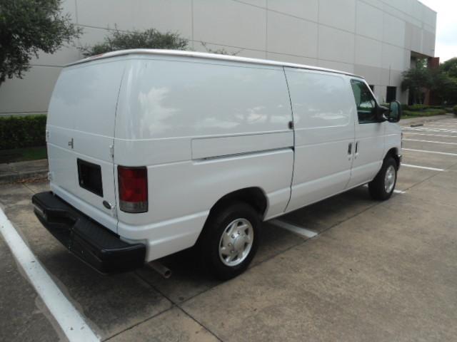 2010 Ford Econoline Cargo Van Commercial Bulkhead & Bins Plano, Texas 2