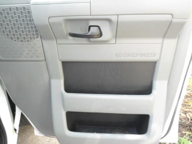 2010 Ford Econoline Cargo Van Commercial Bulkhead & Bins Plano, Texas 22