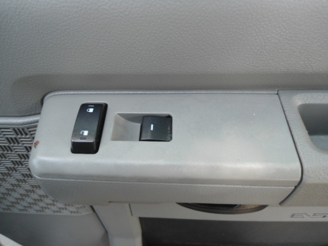 2010 Ford Econoline Cargo Van Commercial Bulkhead & Bins Plano, Texas 23