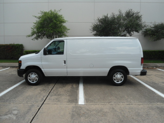 2010 Ford Econoline Cargo Van Commercial Bulkhead & Bins Plano, Texas 7
