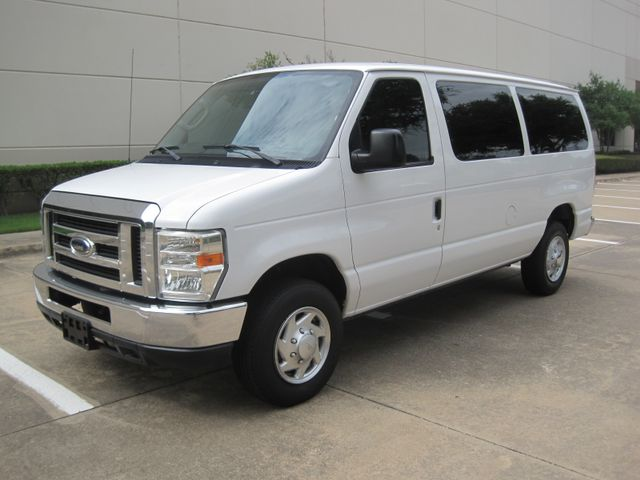 2010 Ford E350 Wagon 12 Passenger, XLT, Rear a/c, All Power, Plano, Texas 4