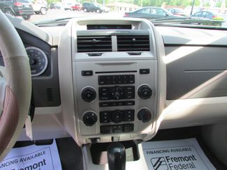 2010 Ford Escape XLT Fremont, Ohio 8