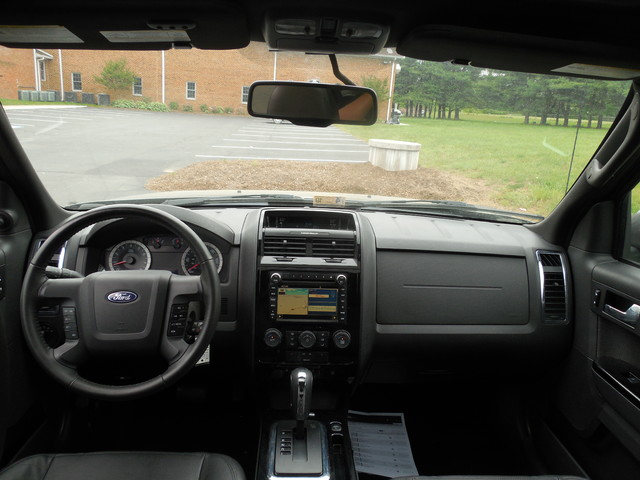 2010 Ford Escape Limited Leesburg, Virginia 13