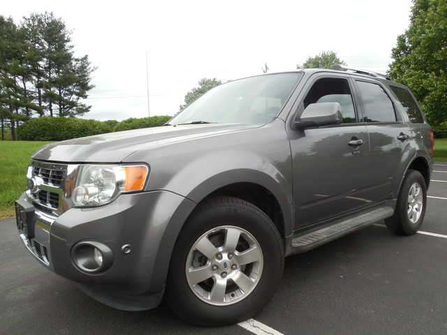 2010 Ford Escape Limited Leesburg, Virginia 1