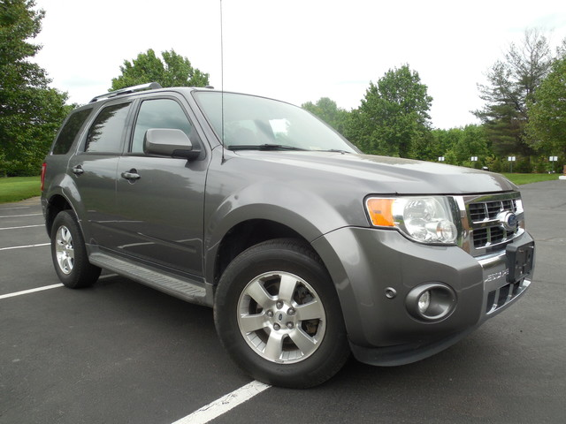 2010 Ford Escape Limited Leesburg, Virginia 0