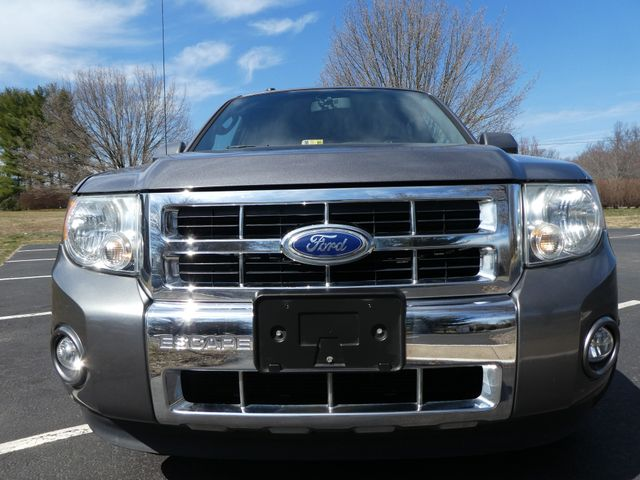 2010 Ford Escape Limited Leesburg, Virginia 3