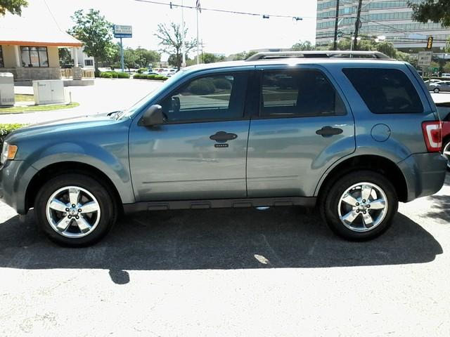 2010 Ford Escape XLT San Antonio, Texas 4
