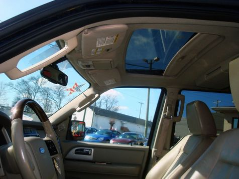 2010 Ford Expedition EL Limited | Nashville, Tennessee | Auto Mart Used Cars Inc. in Nashville, Tennessee