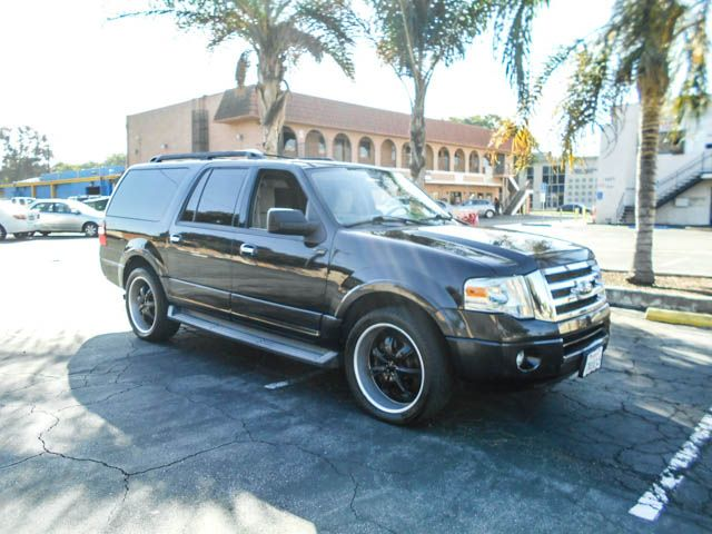 2010 Ford Expedition EL XLT Limited warranty included to assure your worry-free purchase AutoChec