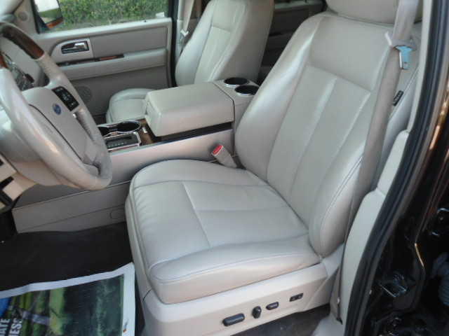 2010 Ford Expedition Limited Plano, Texas 13