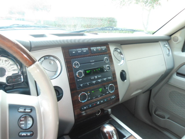 2010 Ford Expedition Limited Plano, Texas 32