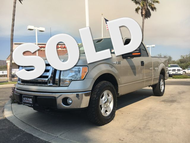 2010 Ford F-150 XLT Get the horse power and the tow capacity you need with powerful V8 engineWhet