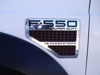 2010 Ford F550 Bucket Truck, 37' Altec, 350 lbs., 4X4, Auto ., . 37
