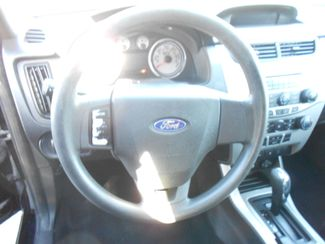 2010 Ford Focus SE Memphis, Tennessee 7