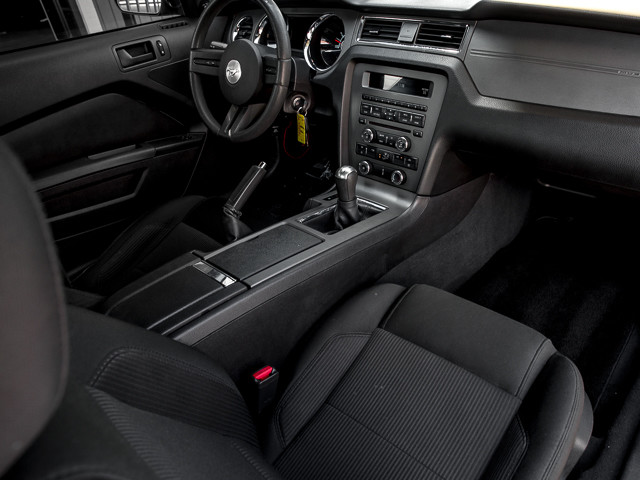 2010 Ford Mustang GT Burbank, CA 11