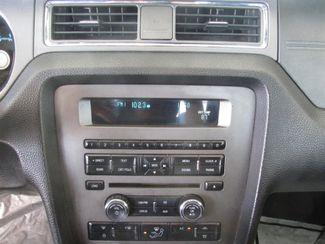 2010 Ford Mustang V6 Gardena, California 6