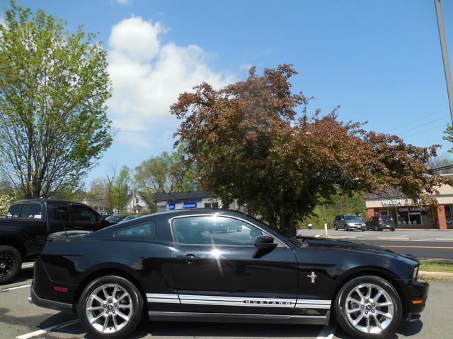 2010 Ford Mustang V6 Premium Leesburg, Virginia 4