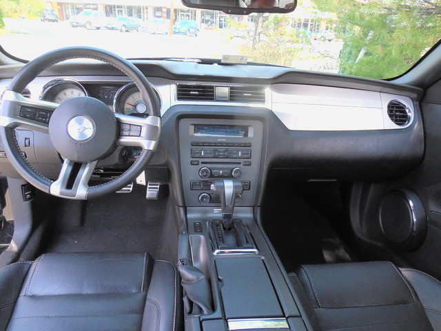 2010 Ford Mustang V6 Premium Leesburg, Virginia 10
