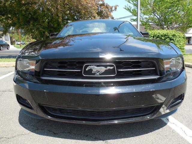2010 Ford Mustang V6 Premium Leesburg, Virginia 6
