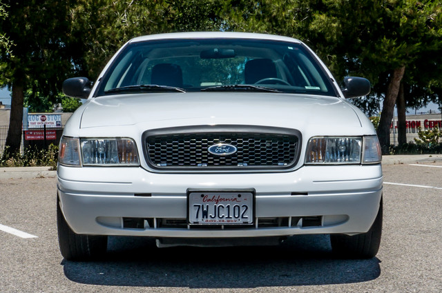 2010 Ford Police Interceptor  - AUTO - 127K MILES - PWR WINDOWS Reseda, CA 3