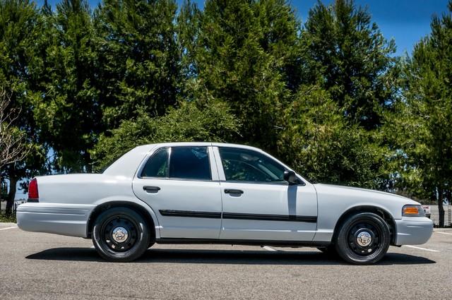 2010 Ford Police Interceptor  - AUTO - 127K MILES - PWR WINDOWS Reseda, CA 6