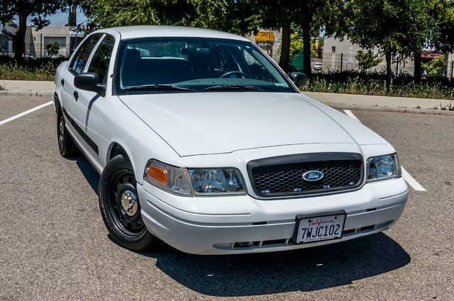 2010 Ford Police Interceptor  - AUTO - 127K MILES - PWR WINDOWS Reseda, CA 37