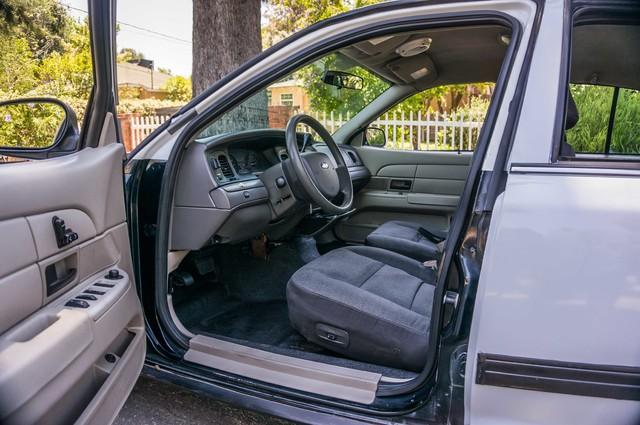 2010 Ford Police Interceptor  - AUTO - 127K MILES - PWR WINDOWS Reseda, CA 13