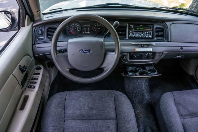 2010 Ford Police Interceptor  - AUTO - 127K MILES - PWR WINDOWS Reseda, CA 20