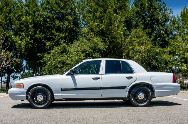 2010 Ford Police Interceptor  - AUTO - 127K MILES - PWR WINDOWS Reseda, CA 5