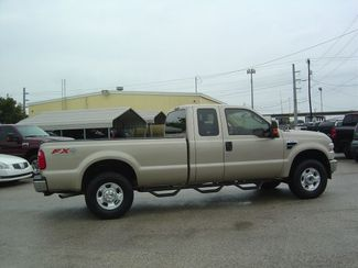 2010 Ford Super Duty F-250 SRW XLT San Antonio, Texas 4