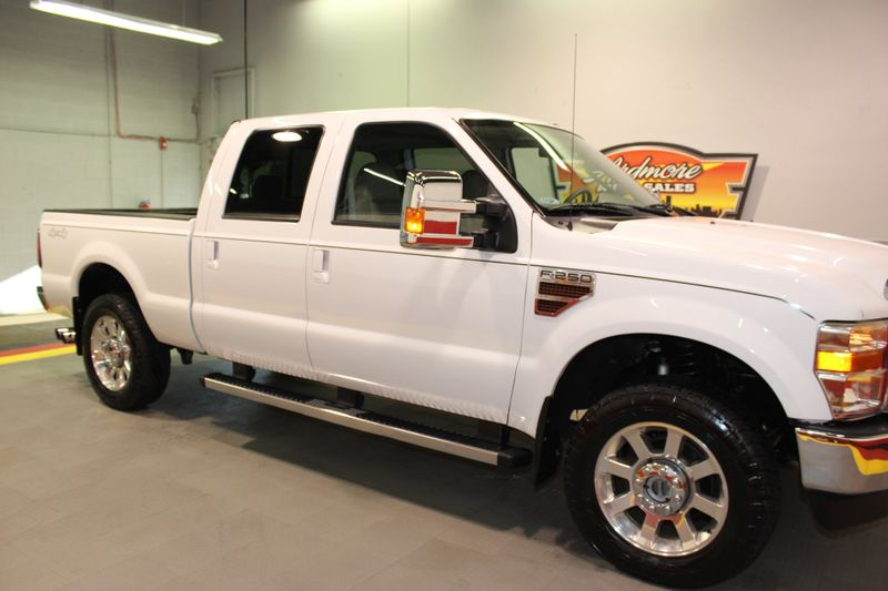 2010 Ford Super Duty F-250 SRW Lariat  city Illinois  Ardmore Auto Sales  in West Chicago, Illinois