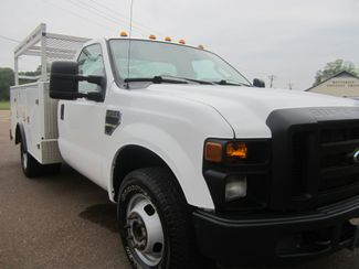 2010 Ford Super Duty F-350 DRW XL Batesville, Mississippi 8