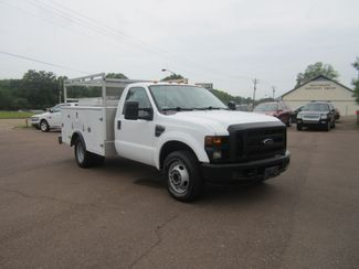 2010 Ford Super Duty F-350 DRW XL Batesville, Mississippi 3