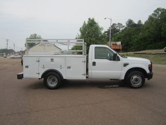 2010 Ford Super Duty F-350 DRW XL Batesville, Mississippi