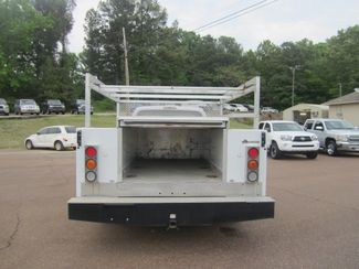 2010 Ford Super Duty F-350 DRW XL Batesville, Mississippi 5