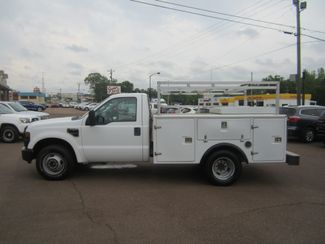 2010 Ford Super Duty F-350 DRW XL Batesville, Mississippi 1