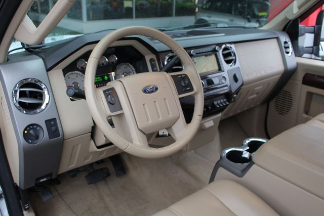 2010 Ford Super Duty F-450 Pickup Lariat Crew Cab Long Bed 4x4 - NAV - SUNROOF! Mooresville , NC 34