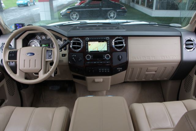 2010 Ford Super Duty F-450 Pickup Lariat Crew Cab Long Bed 4x4 - NAV - SUNROOF! Mooresville , NC 33