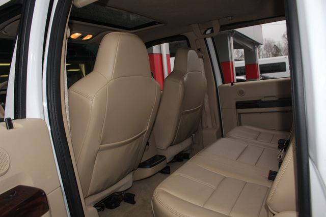 2010 Ford Super Duty F-450 Pickup Lariat Crew Cab Long Bed 4x4 - NAV - SUNROOF! Mooresville , NC 41