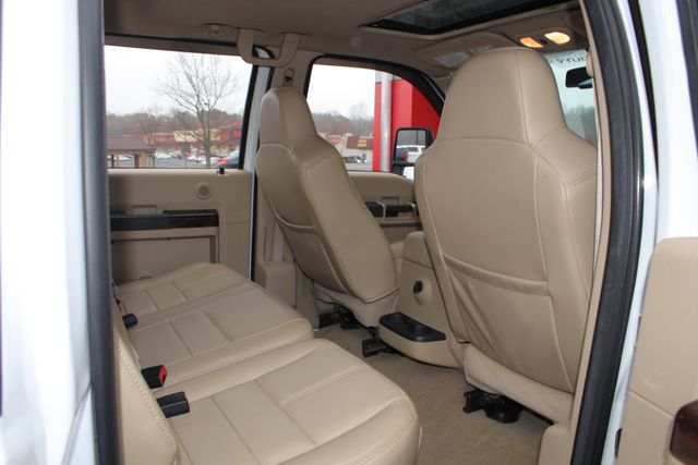 2010 Ford Super Duty F-450 Pickup Lariat Crew Cab Long Bed 4x4 - NAV - SUNROOF! Mooresville , NC 42