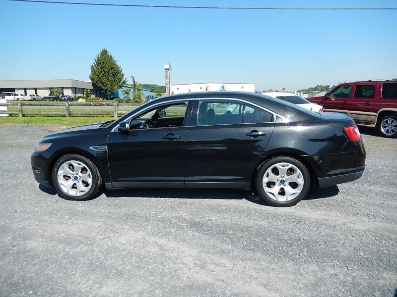2010 Ford Taurus SEL in Harrisonburg VA