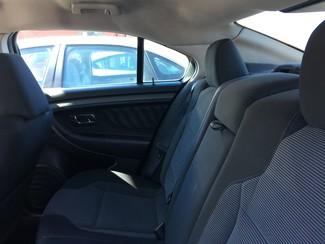 2010 Ford Taurus SEL AUTOWORLD (702) 452-8488 Las Vegas, Nevada 4