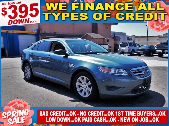 2010 Ford Taurus SE Limited warranty included to assure your worry-free purchase AutoCheck report