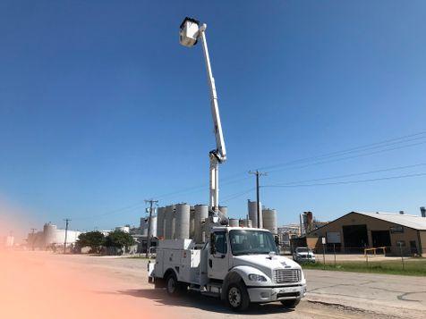 2010 Freightliner M2 BUCKET TRUCK UNDER CDL  in Fort Worth, TX