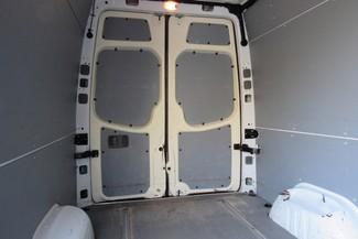 2010 Freightliner Sprinter 144WB 2500 Chicago, Illinois 16